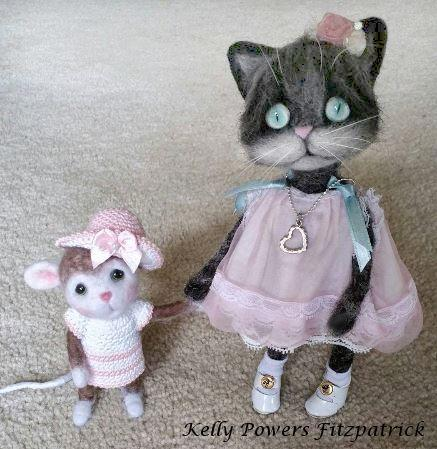 Artist: Kelly Powers Fitzpatrick, Needle felted kitten and mouse